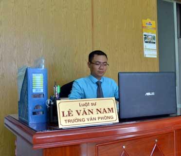 Luật sư Nam